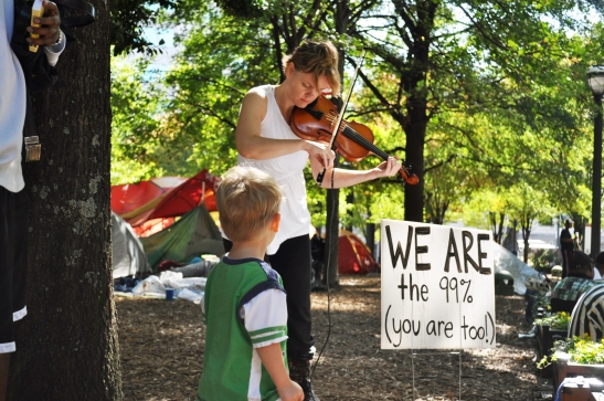 Violonist in Woodruff Park, Atlanta