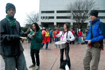 Occupy Atlanta making noise at AT&T